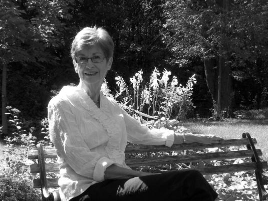 Blog Photo - FOTA Peggy Leavey in Garden