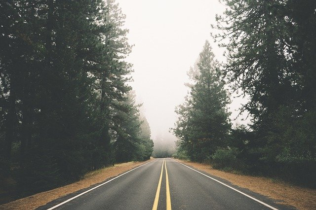 road-498288_640